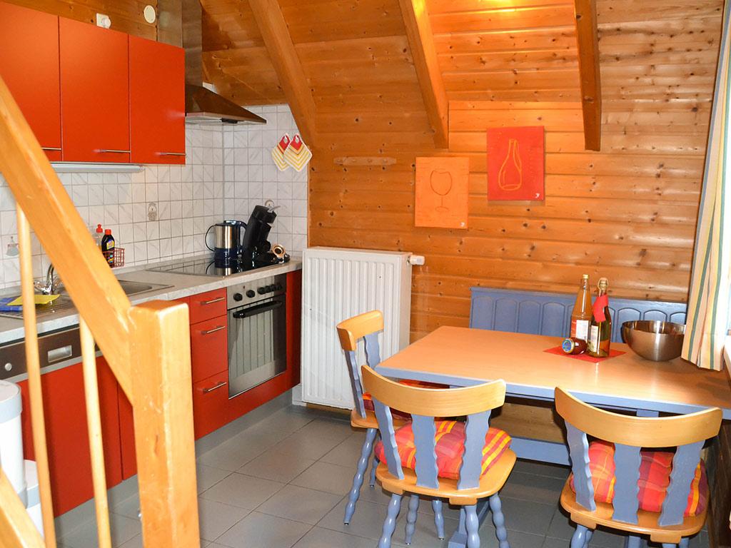 Ferienhaus Amsel, Ferienhof Jobs in Gerolfingen, Essbereich