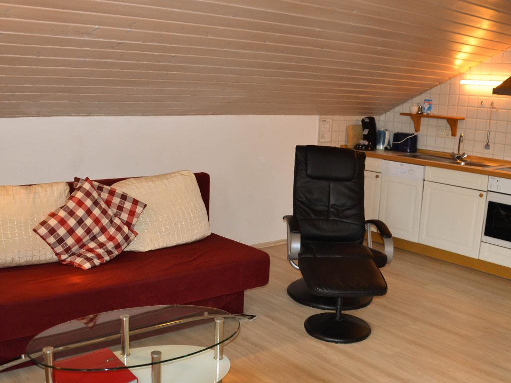 Ferienwohnung Schwalbennest , Ferienhof Joas in Gerolfingen, Wohnbereich